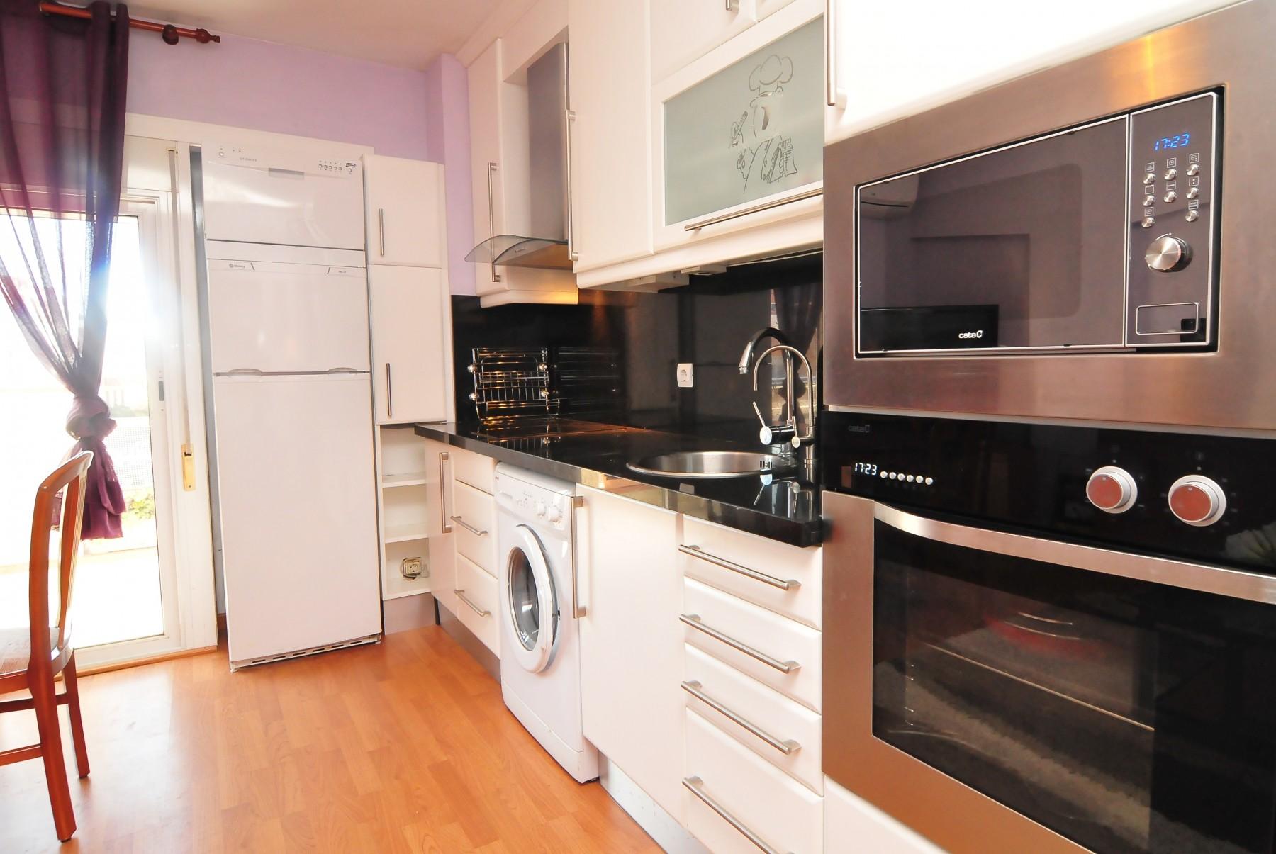 Apartamentos en tossa del mar apartment mistral tossa - Alquiler de apartamentos en tossa de mar particulares ...