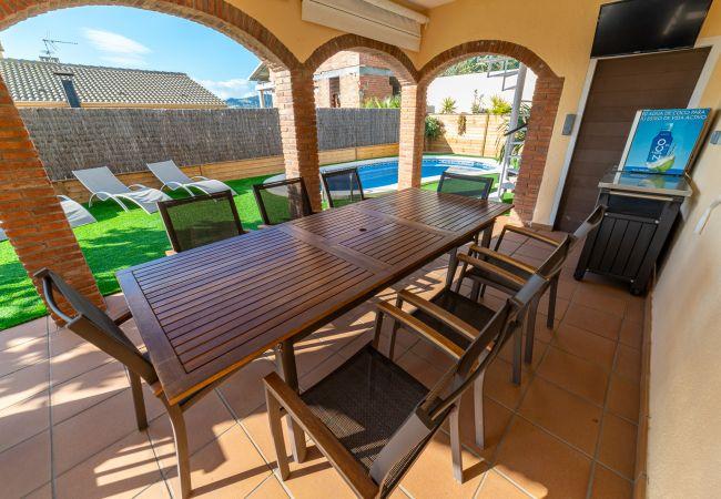 Villa en Pineda de Mar - HomeHolidaysRentals Navy Blue -Costa Barcelona