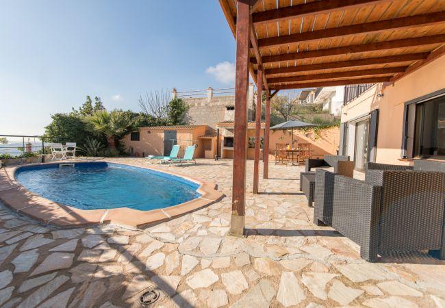 Villa en Pineda de Mar - OP HomeHolidaysRentals Sils-Costa Barcelona