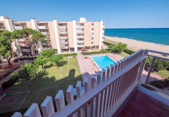Apartamento en Santa Susana - HomeHolidaysRentals Sira- Costa Barcelona