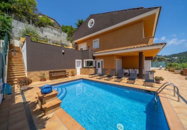 Villa en Santa Susana - OS HomeHolidaysRentals Emily - Costa Barcelona