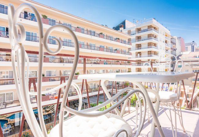 Apartament en Pineda de Mar - HomeHolidaysRentals Doris - Costa Barcelona